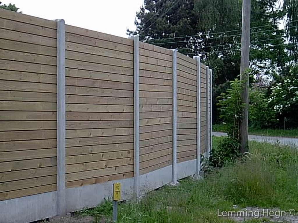 #475C38 Dette års Plankeværk I Silkeborg Midtjylland Det Klassiske Plankeværk Gør Det Selv Plankeværk 5901 10247685901